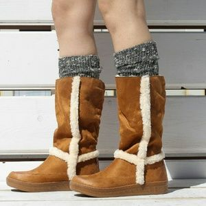 Shoes - Cyndee faux fur lined boots